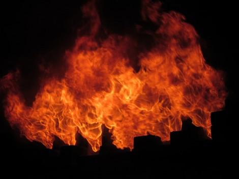 2011年 登り窯の窯焚き