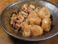 凍み大根の煮物。南蛮鉢に盛って