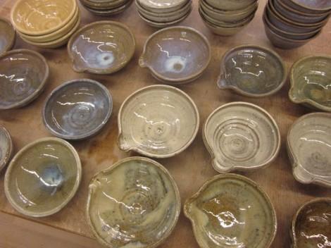 自然灰釉の片口と小鉢