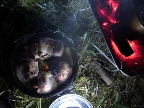 泰阜産猪肉のダッチオーブン焼き