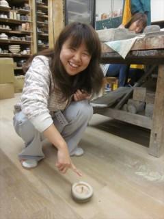 手作りの竹のコマ