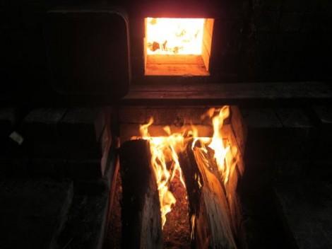 穴窯 窯焚き 草來舎