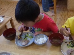 保育園 幼児 陶芸教室 焼物教室 造形教室 草來舎 子供用食器