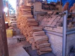 登り窯 窯焚き 薪割り