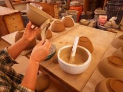 三島 粉引 象嵌 技法 陶芸 白化粧 李朝 朝鮮 刷毛目