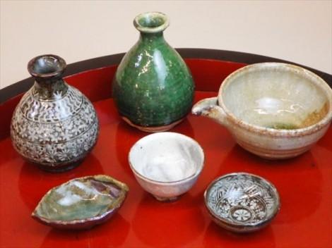灰釉 自然釉 登り窯 ギャラリー安里 草來舎 展示会 和食器 徳利 片口 盃 ぐい呑