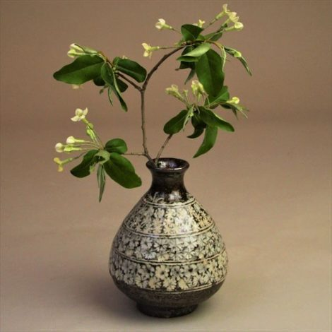 草來舎 和食器 徳利 酒器 三島 灰釉 焼き締め 信楽 自然釉 登り窯 花入れ 花瓶